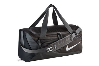 Nike Vapor Max Air 2.0 Crossbody Medium Training Duffel Bag