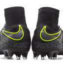 Hypervenom Phatal II Dynamic Fit AG Pro Football Boots