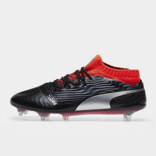 One Mens Football Boots