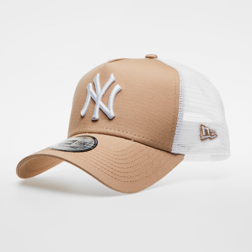 MLB New York Yankees Team Essential Trucker Cap