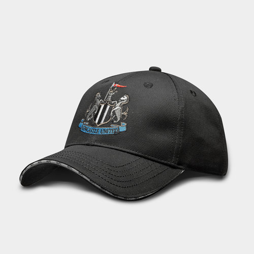 Newcastle United Golf Tech Cap & Ball Marker