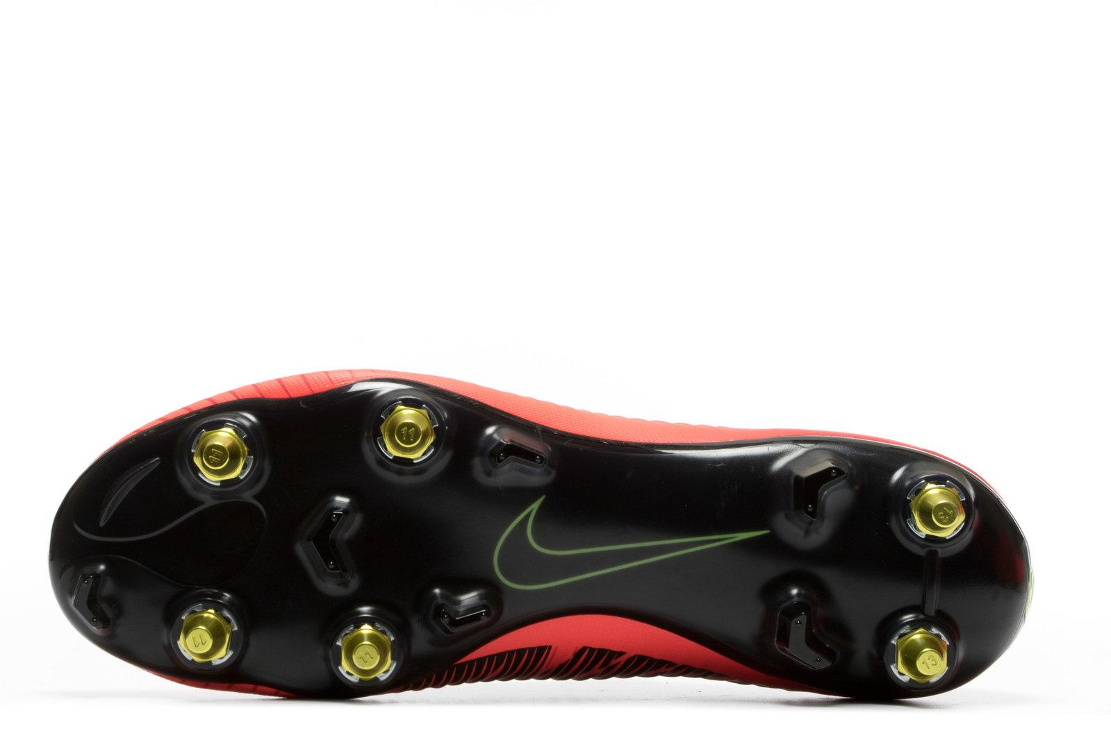1063606fc97 Nike Mens Mercurial Vapor XI Anti-Clog SG Pro Football Boots