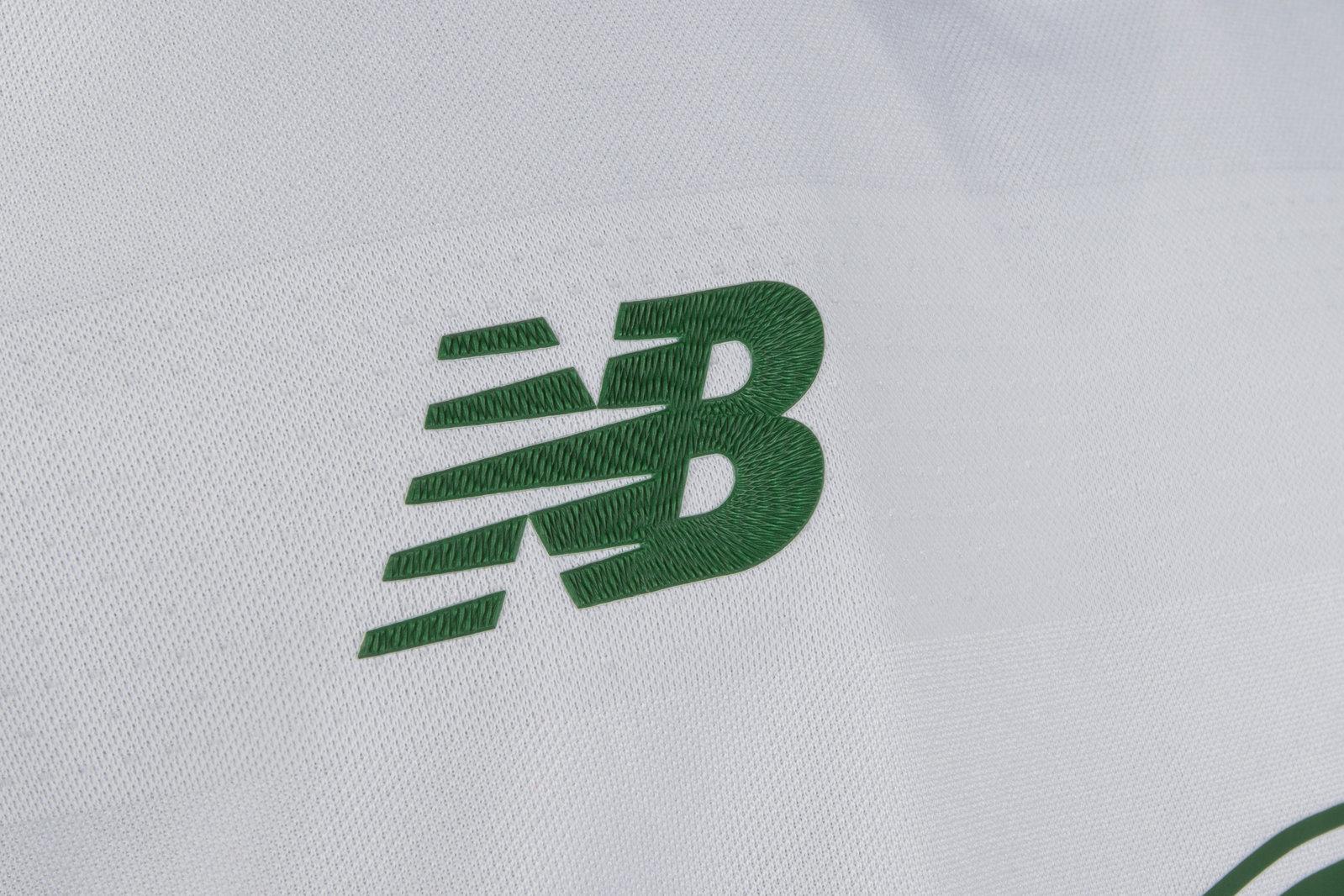 97b99214795 New Balance Republic of Ireland 17/18 Kids Away S/S Replica Football Shirt